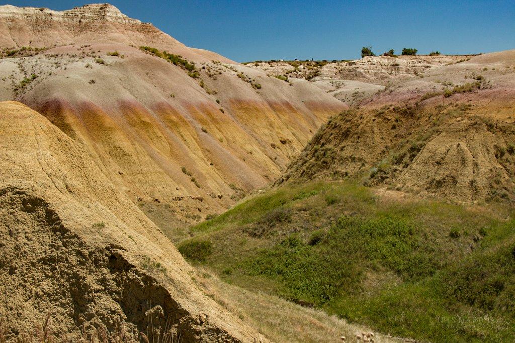 Yellow Mounds - Badlands National Park